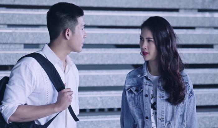 'Hoán đổi thanh xuân' tập 3: Xuân Hùng cãi nhau với Quỳnh Hoa, ngọt ngào gọi Kang Phạm là 'gà con'