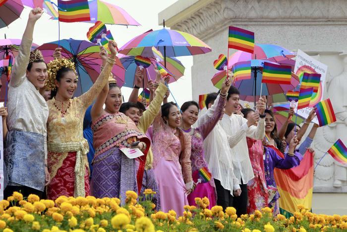 Diễu hành ủng hộ hôn nhân đồng giới trong tháng 12 diễn ra tại Thái Lan