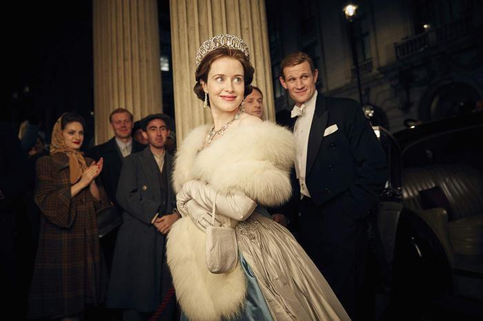 """""""The Crown"""" kể về cuộc đời nữ hoàng Elizabeth dưới ánh hào quang…"""