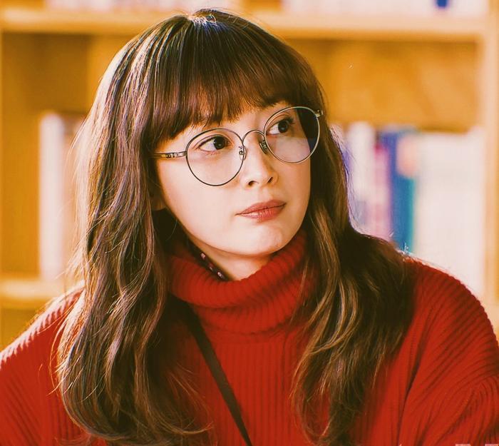 Romance Supplement: Lộ tạo hình soái ca của Lee Jong Suk, phim lên sóng sau khi Memories of the Alhambra kết thúc ảnh 1