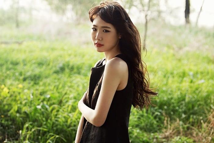 Maeng Yuna qua đời ở tuổi 29 bởi 1 cơn đau tim.