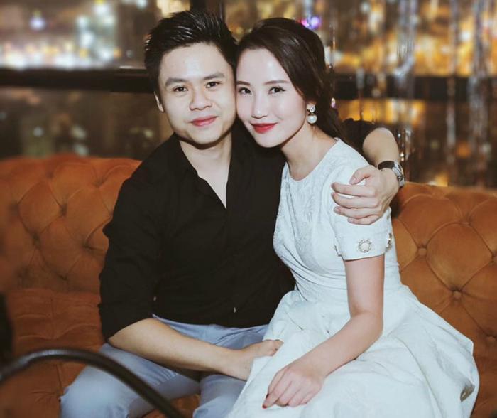 Bức ảnh đầu tiên Phan Thành đăng lên khẳng định bạn gái mới của anh