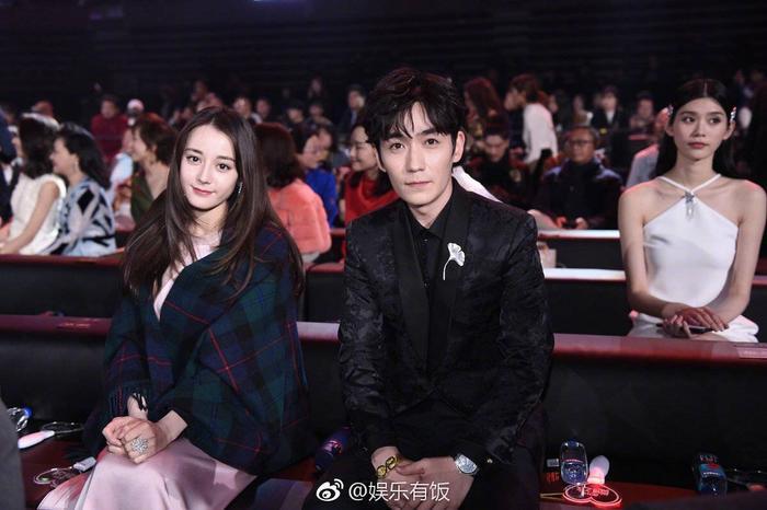 """Chu Nhất Long và Địch Lệ Nhiệt Ba thực sự trông đẹp đôi, """"trai tài gái sắc""""."""