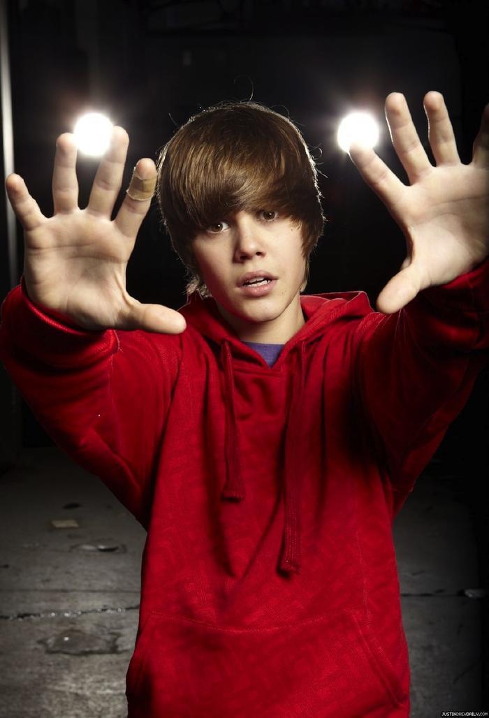 Mái tóc này đã trở thành biểu tượng đến mức được gọi là tóc Bieber.