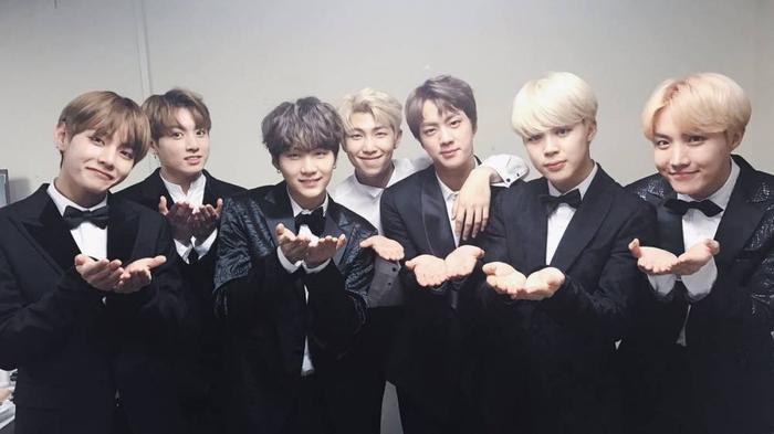 7 chàng trai BTS.