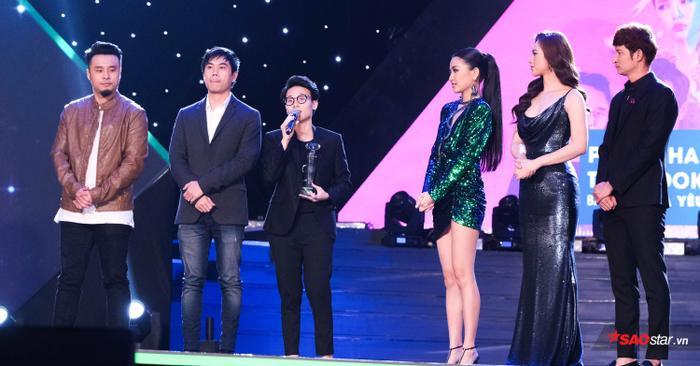 Bích Phương và ekip liên tục lên ẵm các giải thưởng lớn.