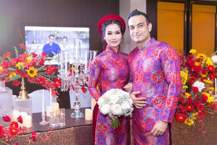 Cặp đôi nhận được vô số lời chúc phúc trong ngày vui của mình