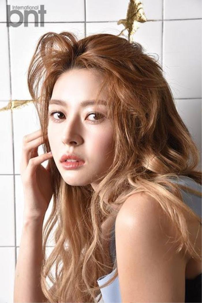 Nara (Hello Venus) nửa lo lắng nửa phấn khích khi đóng cặp với 'Chief Kim' Nam Goongmin