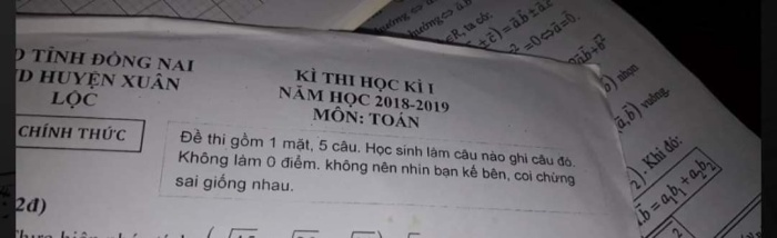 Lời dặn siêu đáng yêu trong đề thi. Ảnh: Thuỳ Trang