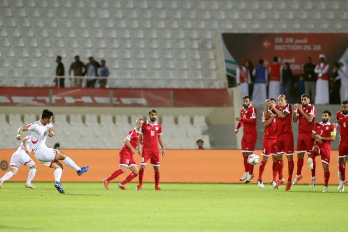 Triều Tiên bất ngờ có bàn thắng ngay phút thứ 9.