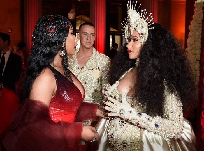 Mariah Carey bắt tay Cardi B, Lil Kim,: Nicki Minaj đã sẵn sàng đón nhận cơn đại hồng thủy này? ảnh 2