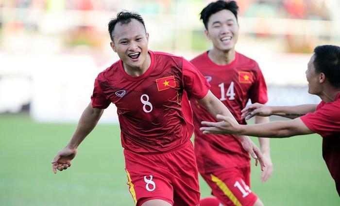 Trọng Hoàng đã thể hiện được một nền tảng thể lực đầy sung mãn dưới màu áo ĐT Việt Nam.