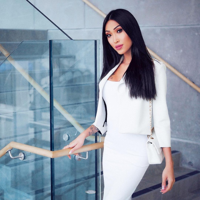Julie Vũ chính là một trong những cái tên sáng giá cho ngôi vị Hoa hậu nếu xét về ngoại hình.