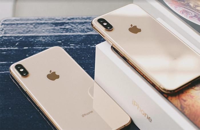 Một khảo sát mới đây của Business Insider tại Mỹ cho thấy cứ ba người dùng thì có một người không nâng cấp iPhone bởi hoặc chúng quá đắt hoặc chúng không có các tính năng đủ hấp dẫn.