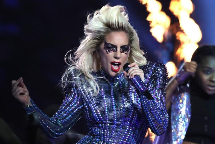 Xem gì ở Grammy 2019 sau hàng loạt cú 'từ mặt' đầy chát chúa? ảnh 0