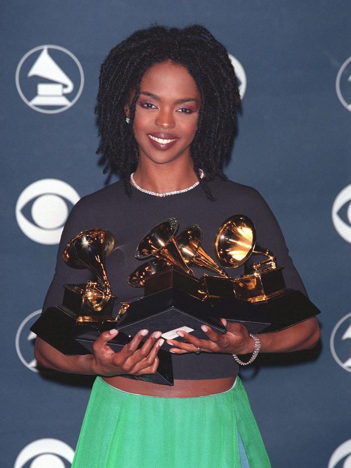 Lauryn Hill (thắng 8 giải trong 19 đề cử). Cũng là nữ rapper thắng nhiều giải Grammy nhất trong lịch sử.