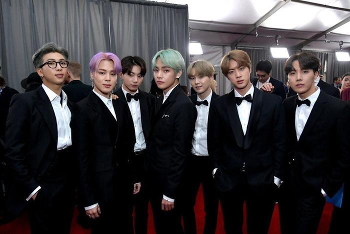 BTS trên thảm đỏ Grammy 2019 hôm nay.