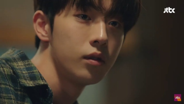 Dazzling tập 1: Han Ji Min say nắng Nam Joo Hyuk, chết cười khi Son Ho Joon bán máu để lén ăn thịt nướng ảnh 23
