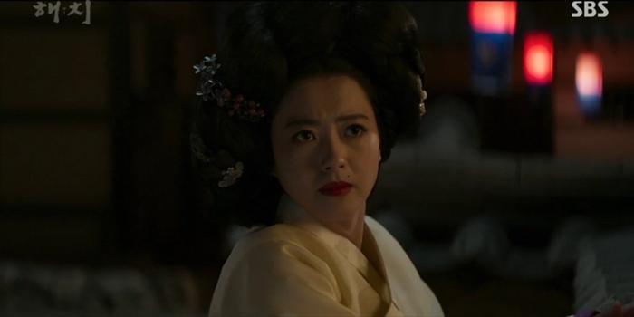 Haechi tập 1: Khán giả Hàn đẩy thuyền Jung Il Woo  Kwon Yul, khen Go Ara đẹp khi cải trang thành kỹ nữ ảnh 8