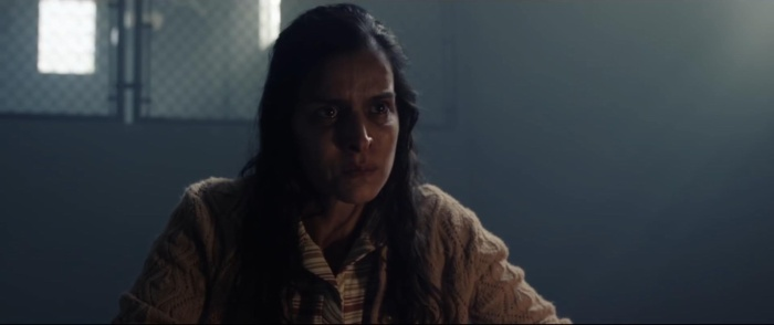 Nạn nhân trước đó của La Llorona lên tiếng cảnh báo Anna.