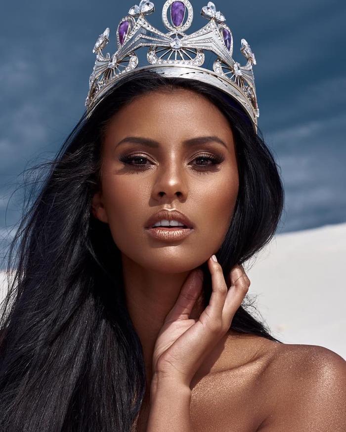 Vùng đất khắc nghiệt Nam Phi đã sản sinh ra nhiều phụ nữ xinh đẹp.