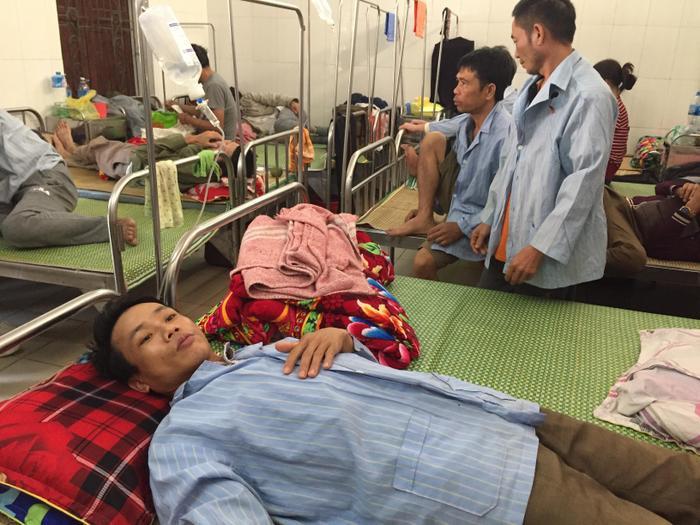 Anh Thủy đang được điều trị tại bệnh viện.