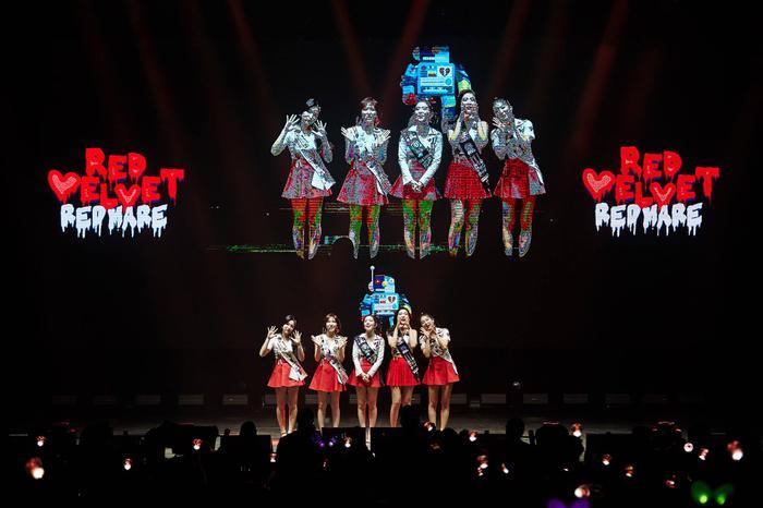Red Velvet tại concert REDMARE ở Mỹ.