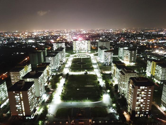 Khu B của Ký túc xá theo quy hoạch gồm 19 đơn nguyên nhà từ 12 đến 16 tầng với sức chứa 40.000 chỗ ở.