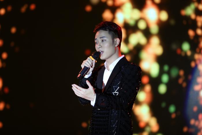 Ca sĩ Trúc Nhân cũng góp mặt trong buổi tối đêm chung kết