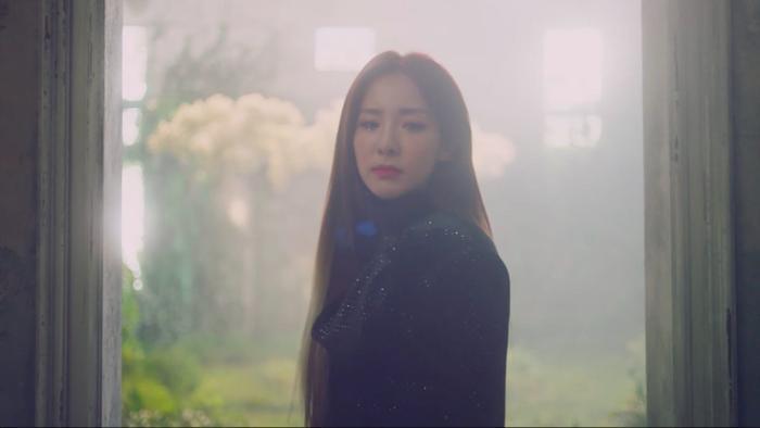 Dara xuất hiện vô cùng xinh đẹp trong teaser mới nhất của ca khúc Spring.