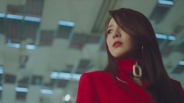 Dara xuất hiện xinh đẹp trong teaser mới của Park Bom: Một nửa 2NE1 sắp sửa tái hợp ảnh 2