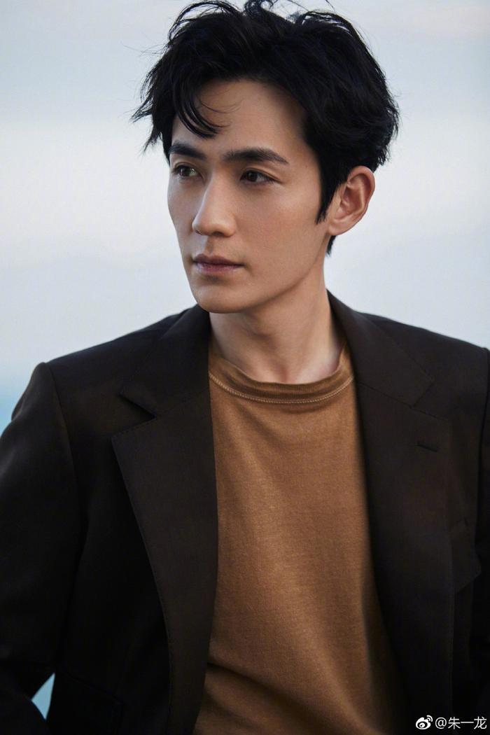 Đẹp trai, diễn hay và thân thiện nhưng vì sao Chu Nhất Long vẫn bị ghét nhất showbiz? ảnh 2