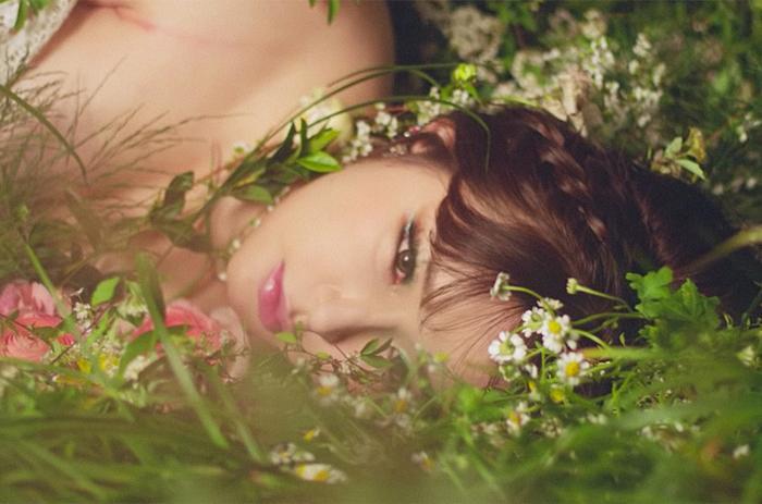 Park Bom trở lại, netizen Hàn đồng loạt yêu cầu nàng nên… 'về vườn': 'Cô ta vẫn còn fan cơ à?'
