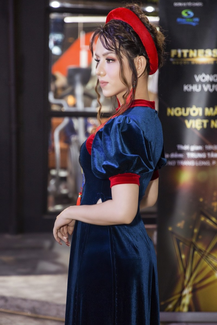 Hoa hậu thời trang Phạm Hoàng Ái Lan hiện là sinh viên nghành thời trang tại USA. Ái Lan là người việt đầu tiên nhận danh hiệu Hoa hậu thời trang tại Mỹ.
