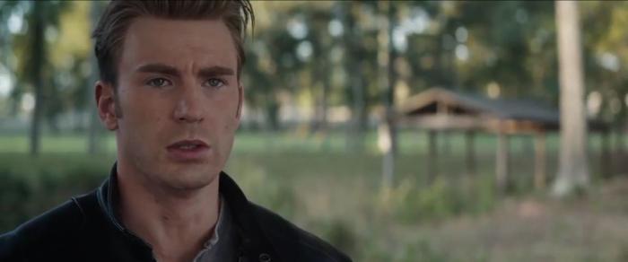 Avengers: Endgame nỗ lực gợi ý về siêu anh hùng đồng tính nhưng cộng đồng LGBTQ không hài lòng vì lý do này ảnh 1