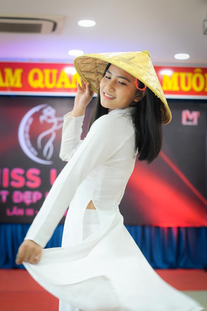 Sơ khảo Miss UFM 2019: Nhan sắc nữ sinh ấn tượng trong từng khung hình! ảnh 5