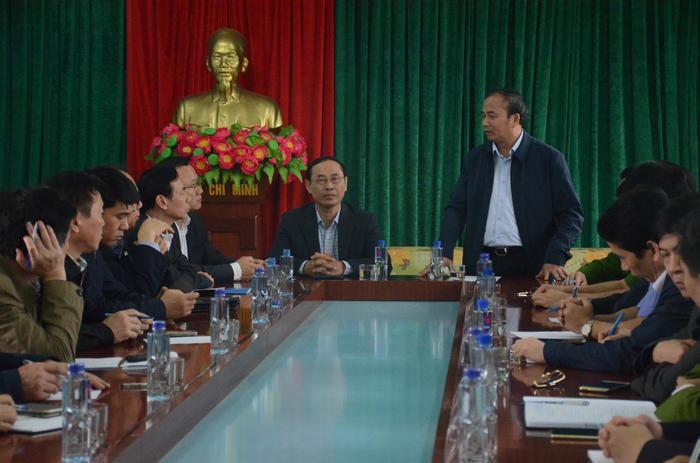 Ông Khuất Việt Hùng cho rằng xe có dấu hiệu tăng tốc trước khi gây tai nạn kinh hoàng khiến 7 người thiệt mạng.