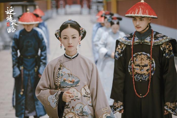 Thuở xưa có ngọn núi Linh Kiếm: Hứa Khải, Trương Dung Dung tiếp nối mối tình sư đồ trong Hoa thiên cốt ảnh 3