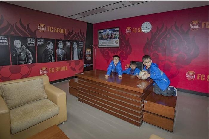Song Il Kook đăng ảnh đi chơi mới nhất cùng Daehan Minguk Manse, K-net nói gì? ảnh 7