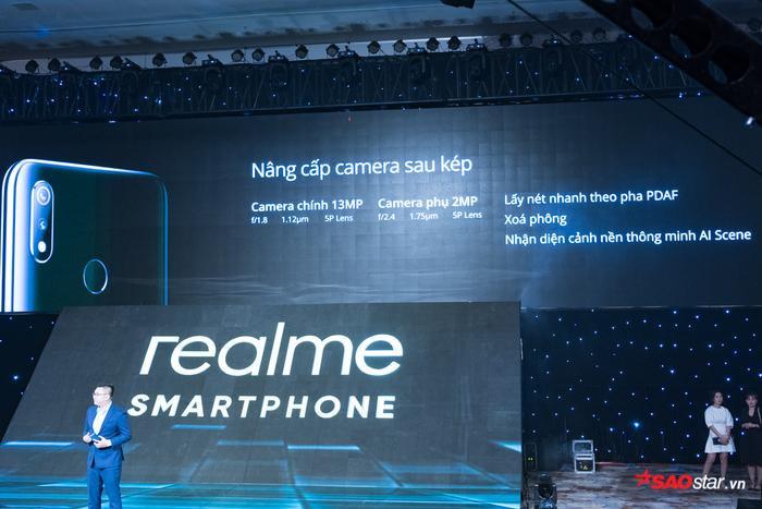 Được định vị ở phân khúc giá thấp nhưng Realme 3 vẫn có camera kép.