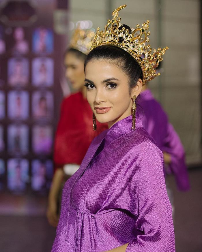 Đương kim Hoa hậu Hòa bình Quốc tế - Clara Sosa