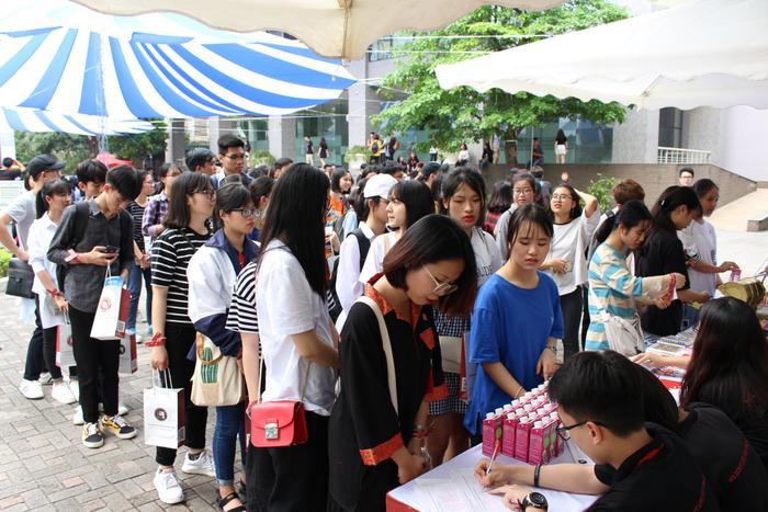 Học sinh tham dự ngày hội. Ảnh: Facebook