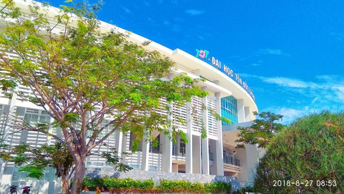 Ngôi trường ĐH Tôn Đức Thắng lại trở nên đẹp hơn bao giờ hết qua cách xử lý màu của bạn Nguyễn Ngọc Yến Nhi