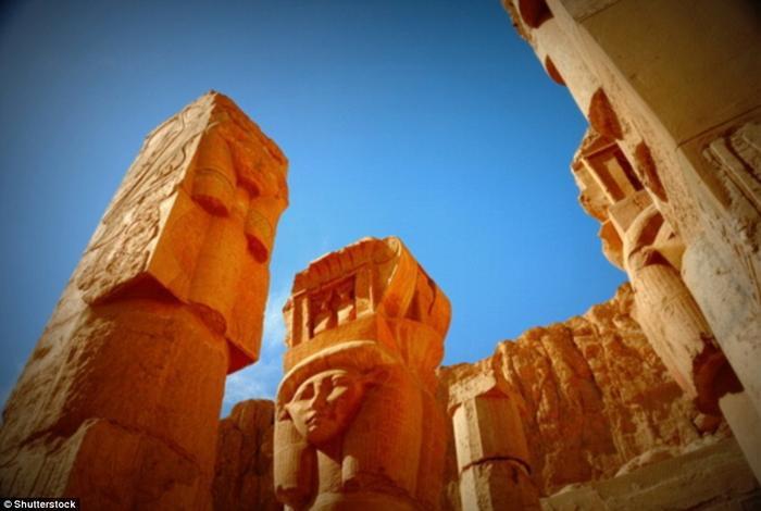 Thung lũng của các vị vua là một địa điểm du lịch nổi tiếng của Ai Cập.