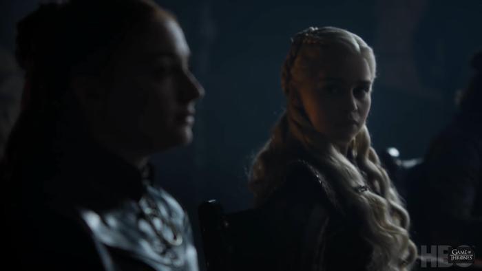 Mâu thuẫn đầu tiên giữa 2 nữ thủ lĩnh?