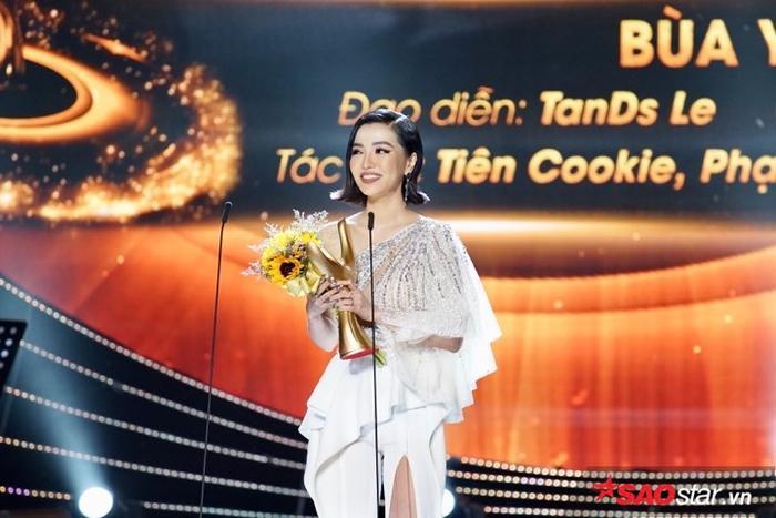 Một lần nữa, xin chúc mừng Bích Phương và ekip của mình với MV Bùa yêu.