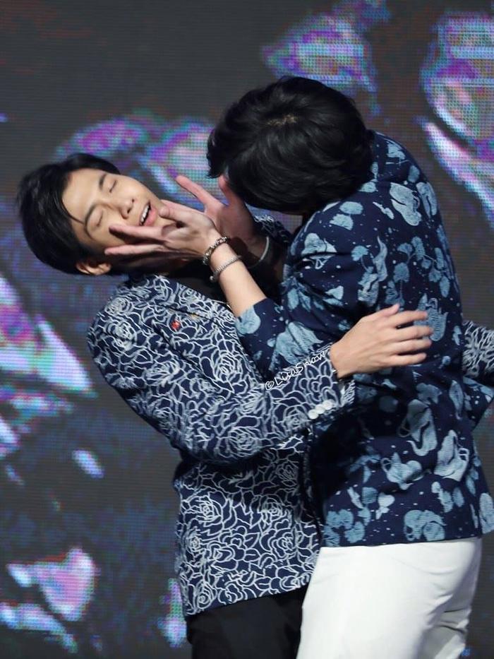 Cặp đôi thần tượng châu Á Krist  Singto chuẩn bị tổ chức fanmeeting ở Việt Nam ảnh 3