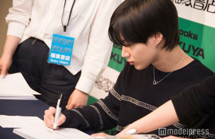 Màn đáp trả phỏng vấn nhanh như chớp bằng tiếng Nhật của Taemin (SHINee) khiến phóng viên phục sát đất ảnh 5