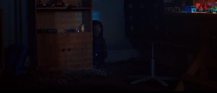 'Child's Play' remake tung trailer lần đầu hé lộ giọng nói của con búp bê ma Chucky