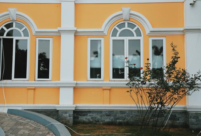 Các trường đại học lớn tại Hà Nội thường có khuôn viên vô cùng đẹp và bắt mắt.